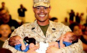 Katonák babákkal 10