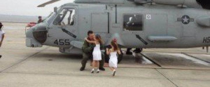 Katonák babákkal 4
