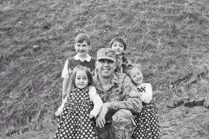 Katonák babákkal 6