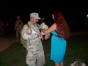 Katonák babákkal 8
